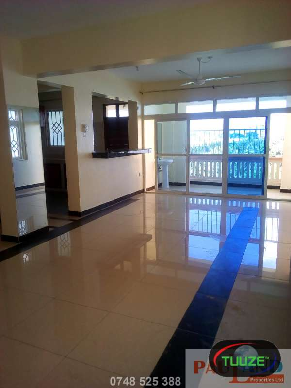 3 Bedroom Apartment  Master En suite  Nyali E7