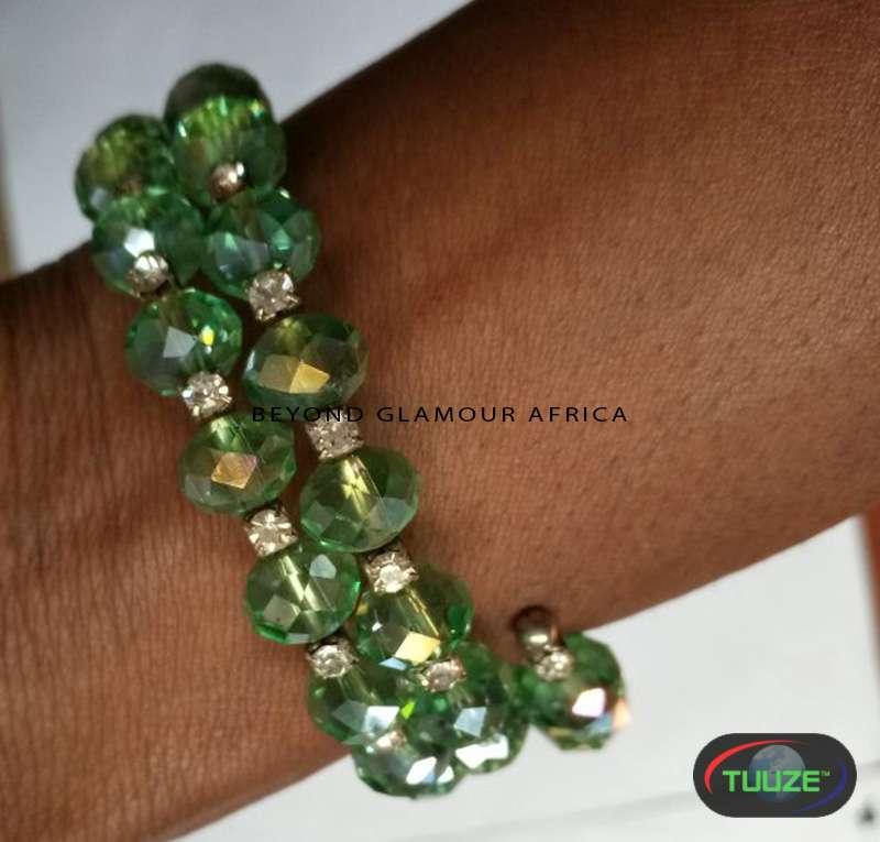 Green spiral crystal bracelet