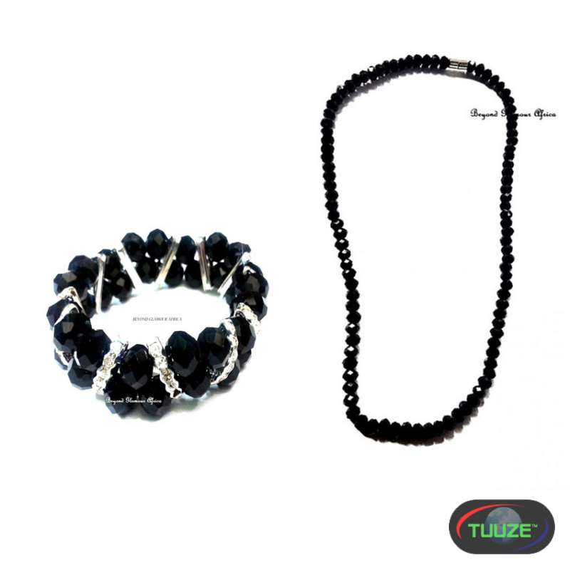 Womens Black crystal necklace with bracelet