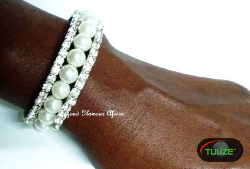 Womens Pearls bracelet