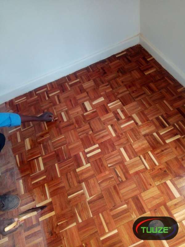 Wooden Floor Sanding  Varnishing